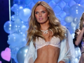 """Victoria's Secret"" angelo Martha Hunt  kasdienė  apranga"